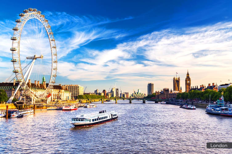 UK & IRELAND: 17 Day Explore the UK & Ireland Tour Including Flights For Two