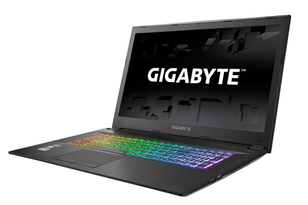 "Gigabyte 17.3"" Sabre17 Core i7-8750H GTX1060-6GB 16GB RAM 256GB SSD 1 TB HDD FHD 120Hz Gaming Notebook (SABRE17-1060-803)"