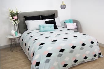 Ardor Scandi Plush Blanket