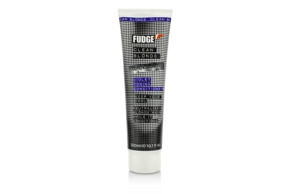 Fudge Clean Blonde Violet Toning Conditioner (Neutralises Blonde Hair) (300ml/10.1oz)