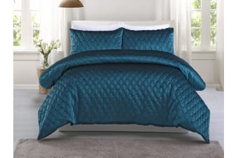 Dreamaker Quilted Midnight Turquoise Quilt Cover Set Queen Bed