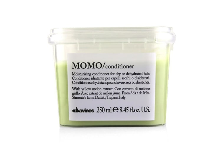 Davines Momo Moisturizing Conditioner (For Dry or Dehydrated Hair) 250ml/8.77oz