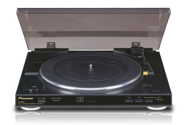 Pioneer Fully Automatic Turntable (PL990)