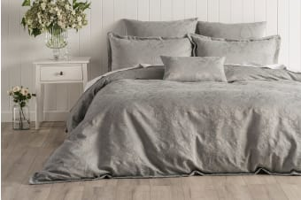 Onkaparinga Esther Jacquard Quilt Cover Set (Silver, King)