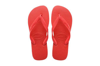 Havaianas Top Thongs (Ruby Red)