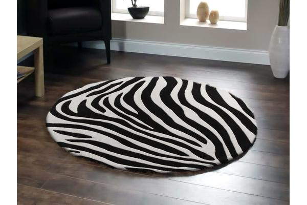 Zebra Deluxe Black And White Round Rug 150x150cm
