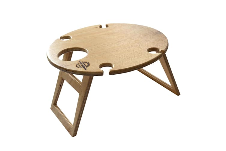 Summer Picnic Table Round