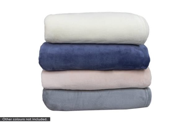 Apartmento Ultra Soft Blanket (Queen, Ivory)