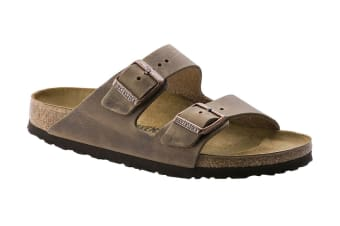 Birkenstock Arizona Oiled Leather Sandal (Tobacco Brown, Size 38 EU)