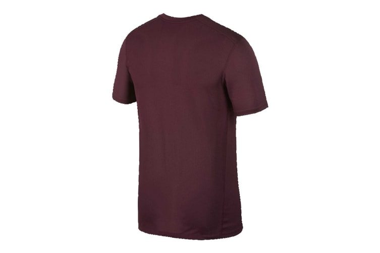 Nike Breathe Run Men's T-Shirt (Burgandy, Size XL)