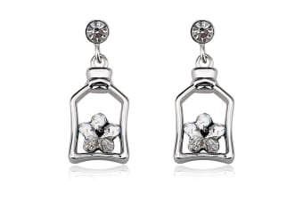 Cutie Star Earrings Embellished with Swarovski crystals
