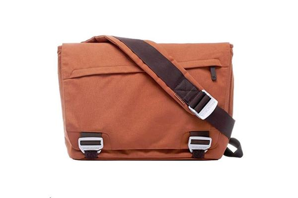 "BlueLounge Small Messenger Bag 11""-15"" - Rust"