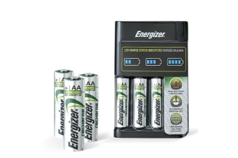 Energizer Recharge Battery Charger Plus 4 AA Battery Pack Set Great Value