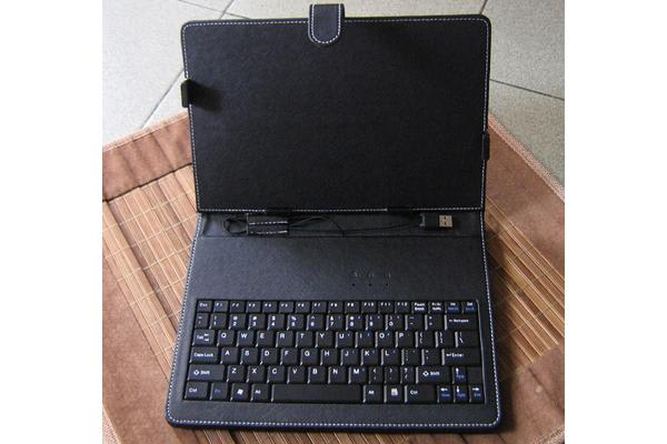 Tablet 10' Casew/USB Keyboard Folio for any 9.7'/10' tablet