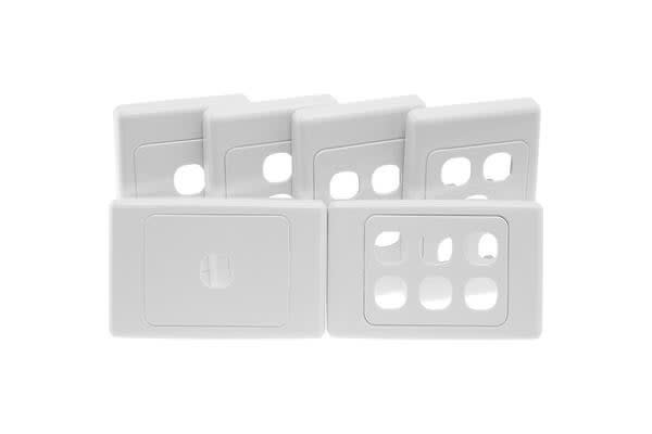 Clipsal 4 Gang Wall Plate White