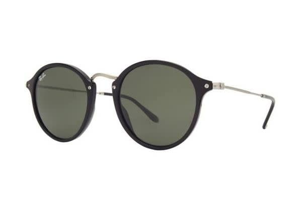 Ray-Ban RB2447 - Black (Grey Green lens) / 52--21--145 Unisex Sunglasses