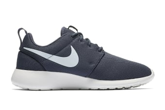 Nike Women's Roshe One Shoe (Thunder Blue/Blue Tint, Size 12)