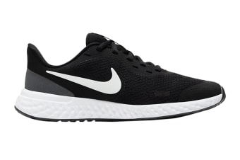 Nike Kids Unisex Revolution 5 GS Shoes (Black/White)