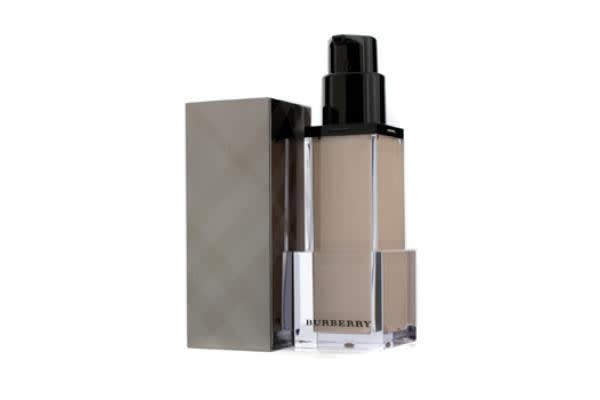 Burberry Fresh Glow Luminous Fluid Base - # No. 01 Nude Radiance (30ml/1oz)