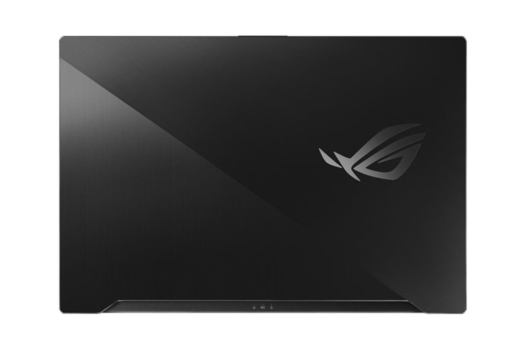 "ASUS ROG Zephyrus S 17.3"" Core i7-9750H 16GB RAM 1TB SSD RTX2070 240Hz Gaming Laptop (GX701GWR-H6074T)"