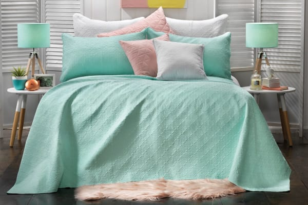 Bianca Janaya Bedspread (Queen Bed)