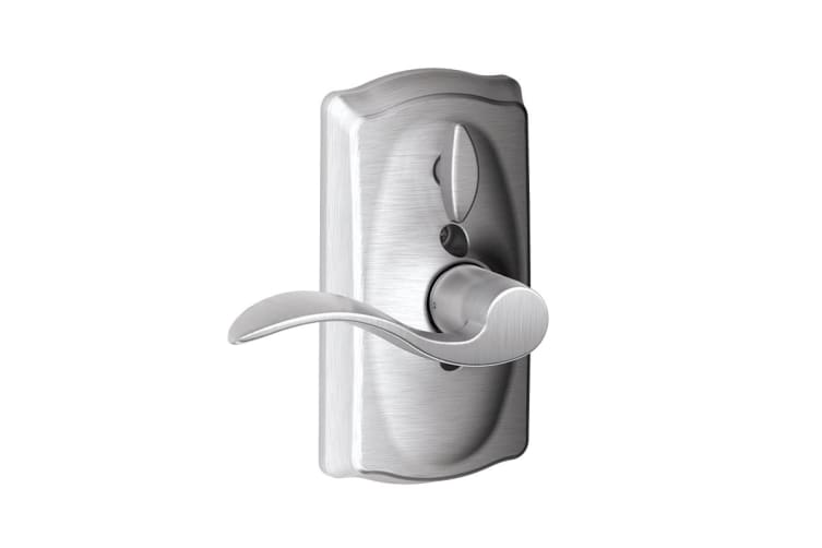 Schlage Keypad Lever with Camelot Trim and Accent Lever with Flex Lock (Satin Chrome)