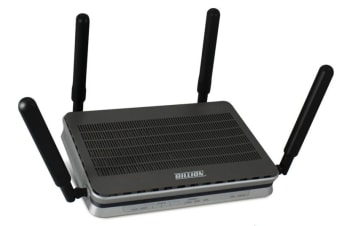 Billion BIPAC 8900AX-2400 wireless router Tri-band (2.4 GHz / 5 GHz / 5 GHz)