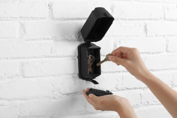 Outdoor Wall Mounted Key Safe Lockbox