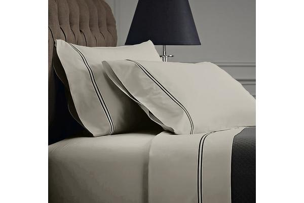 Style & Co 1000 Thread count Egyptian Cotton Hotel Collection Sorrento Sheet Set (Double, Silver)