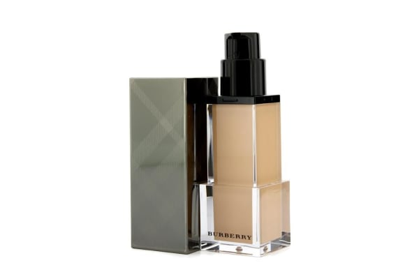 Burberry Sheer Luminous Fluid Foundation - # Trench No. 05 (30ml/1oz)