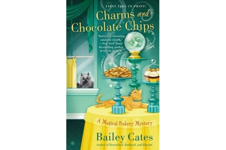 Charms And Chocolate Chips - A Magical Bakery Mystery Book 3