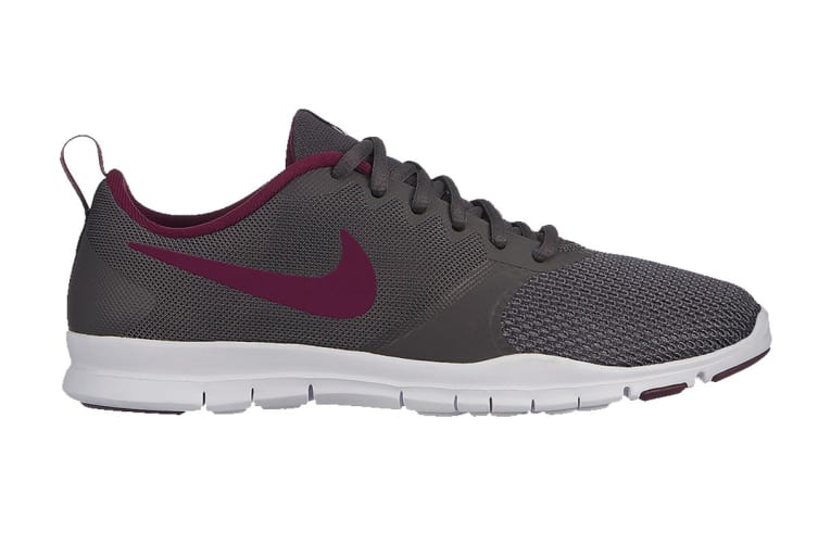 Nike Flex Essential Training Women's Shoe (Black, Size 6.5 US)