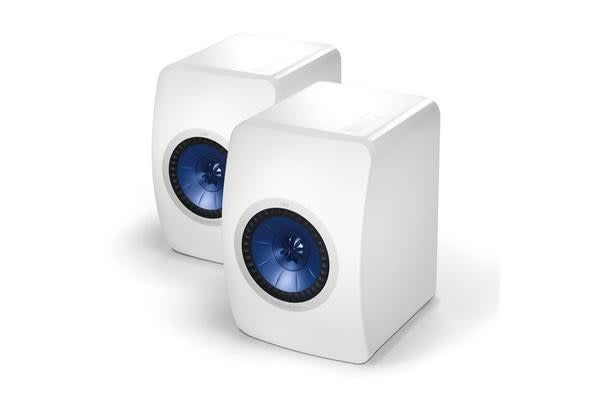 "KEF Innovative Professional Studio  Monitor Speakers. Uni-Q driver array:1"" HF vented white"