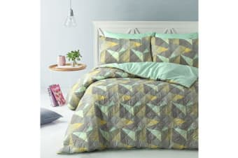 Park Avenue Microfiber Pinsonic Quilted Quilt cover set Super King Geo - Reversible