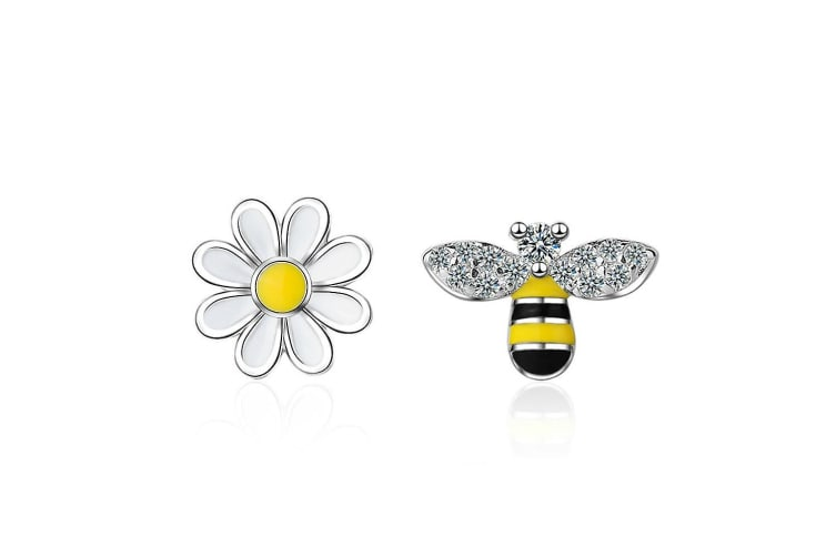 Be Daisy Stud Earrings-White Gold