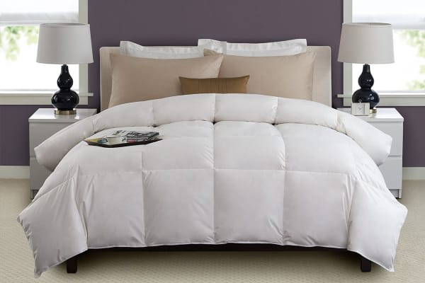 Royal Comfort Duck Feather & Down Quilt (Double)