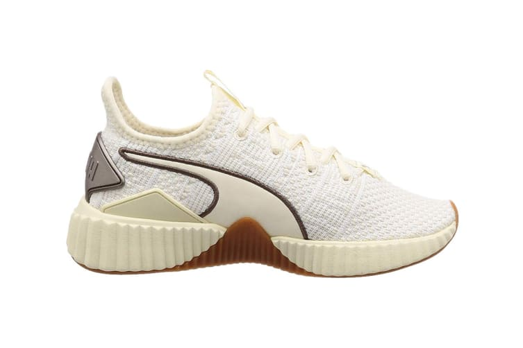 PUMA Women's Defy Luxe Shoe (Whisper White/Metalic Ash, Size 7.5)
