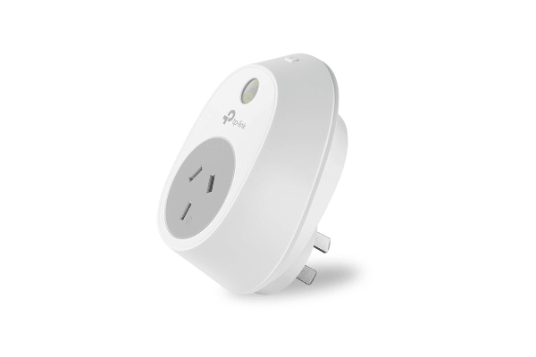 TP-Link WiFi Smart Plug with 2.4Ghz 802.11b/g/n (TL-HS100)