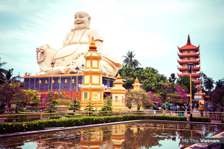 CAMBODIA & VIETNAM: 10 Day Mekong River Cruise Including Flights For One (Twin Share)