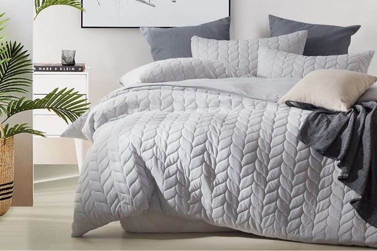 Gioia Casa Quilted Jersey Quilt Cover (Queen/Light Grey)