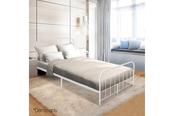 Queen Size Metal Bed Frame (White)