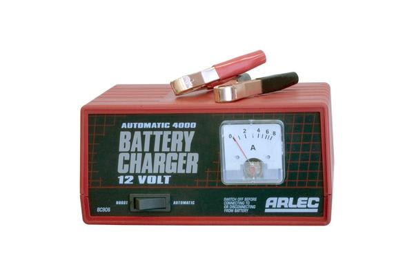 Arlec 4Amp 12V Auto Battery Charger