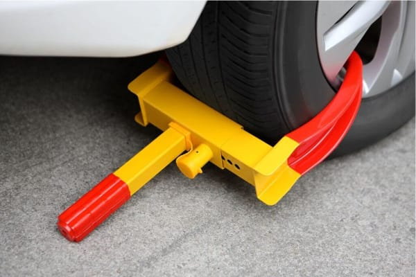 Anti-Theft Wheel Clamp