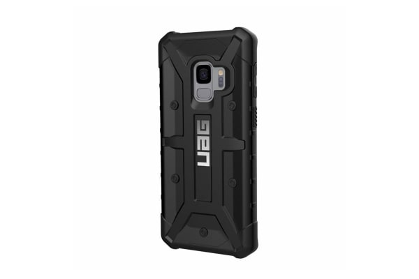 outlet store aade6 b32f9 UAG Pathfinder Case for Galaxy S9 (Black)