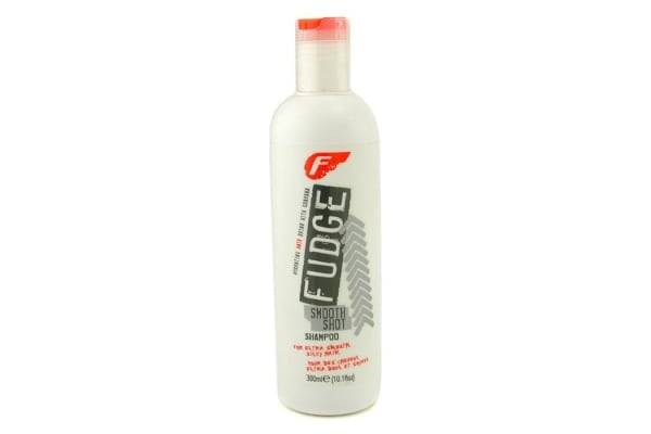 Fudge Smooth Shot Shampoo (For Extra Smooth Silky Hair) (300ml/10.1oz)