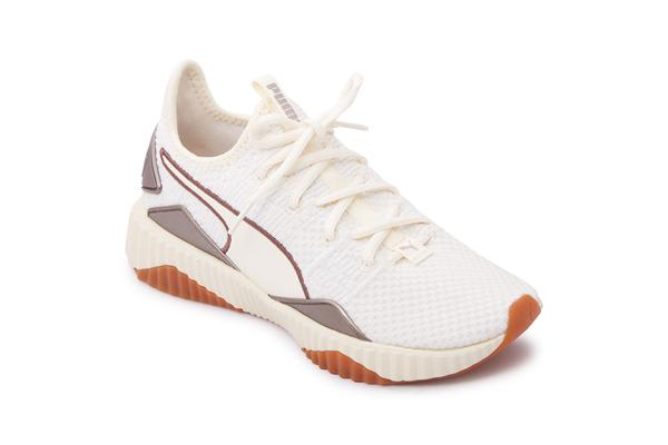 Puma Women's Defy Luxe Fitness Shoes (White, Size 6)