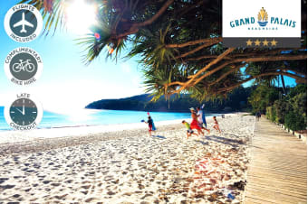 SUNSHINE COAST: 5 Nights Stay at Grand Palais Beachside Resort Including Flights for Two
