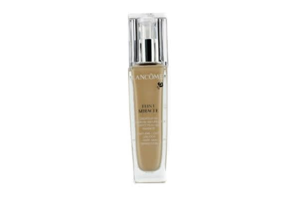 Lancome Teint Miracle Natural Light Creator - # O-01  (Shades And Texture Designed For Asian Skin) (30ml/1oz)