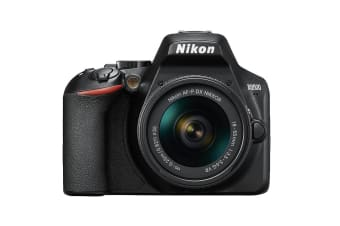 Nikon D3500 with AF-P 18-55mm STD Lens
