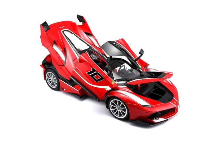 Bburago 1:18 Ferrari Race & Play FXX K #10 Car Diecast Vehicle Kids Toys 3y+ Red